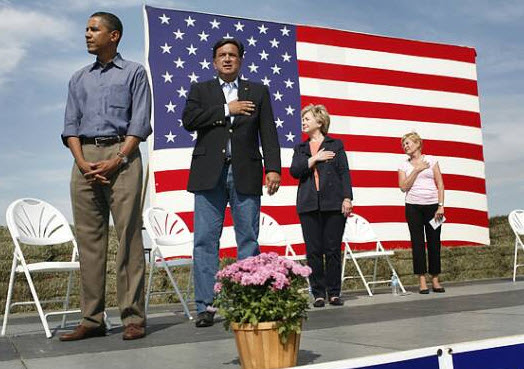 obama holding his nuts during the pledge of alligence